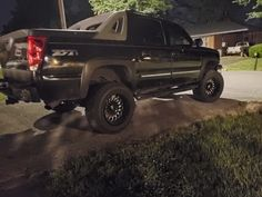 Lifted Avalanche, Chevy Avalanche, Pickup Trucks, Vehicles, Car, Ideas, Automobile, Thoughts, Autos