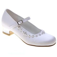 Girls First Holy Communion shoes in white decorated by little diamantes and flower petals. The diamantes are in a group of four in the front and the sides. First Communion Shoes, First Holy Communion, White Shoes For Girls, Girls Heels, Girls Communion Dresses, Satin Material, Kid Shoes, Low Heels, Dress Shoes