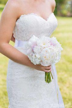 Willow Springs Winery Wedding | Captured by EvaImage Photography | Tiffany Blue Wedding | Niagara Wedding