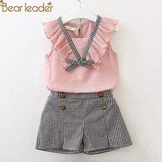 Girls Clothing Sets 2018 New Style Summer Children Clothes Cute Plaid Lace + White Bow Short Pants Kids Clothes Sets Toddler Girl Outfits, Little Girl Dresses, Baby Outfits, Kids Outfits, Toddler Girl Clothing, Children Clothing, Winter Outfits, Kid Dresses, Children Style