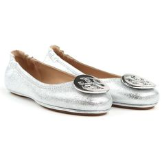 Minnie Travel Metallic Leather Ballet Flats (€190) ❤ liked on Polyvore featuring shoes, flats, silver, womenshoesflat shoes, metallic ballet flats, metallic flats, ballerina shoes, leather slip on shoes and leather ballet flats