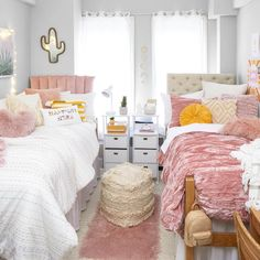College Bedroom Decor, College Room, Room Ideas Bedroom, Girls Bedroom, Bedrooms, Dorm Design, Dorm Room Designs, Teen Bedroom Designs, Design Design