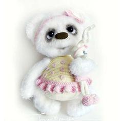 Doll Toys, Dolls, Crochet Bear, Crochet Crafts, Needle Felting, Bears, Teddy Bear, Handmade, Animals
