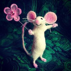 Needle felted mouse by Facci Fesigns
