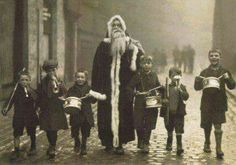 Santa Claus with children's christmas band 1920