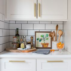 Smart Kitchen, Boho Kitchen, Diy Kitchen, Kitchen Storage, Modern Kitchen Decor, Kitchen Countertop Organization, Rental Kitchen, White Kitchen Decor, Cute Kitchen