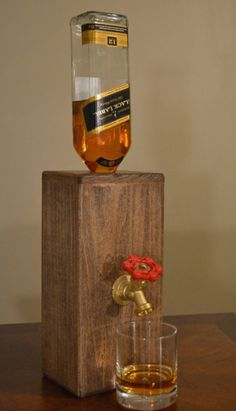 Handmade custom Alcohol Dispenser Perfect for parties and social gatherings imágenes - Frases y Pensamientos