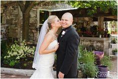 Blumen gardens Wedding Sycamore, IL http://www.gisselleblog.com/david-stephanie-blumen-gardens-wedding-sycamore-il/ #blumengardenswedding #summerwedding