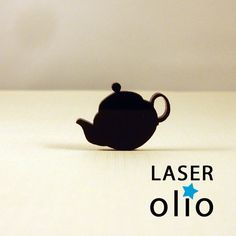 laser cut acrylic.  YES!!!