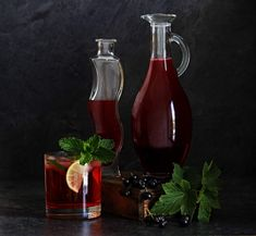 Wine Decanter, Smoothie, Barware, Food And Drink, Drinks, Syrup, Drinking, Beverages, Wine Carafe