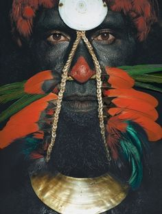 Papua New Guinea | Chimbu tribesman, Nambaiyufa area, Chimbu Province. Image from the publication Man As Art: New Guinea. | © Malcolm Kirk
