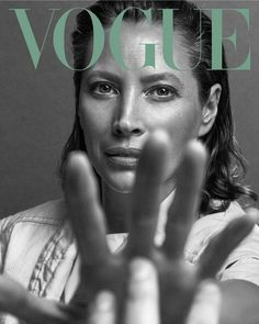 Turlington Covers Vogue Mexico May 2019 Christy Turlington Covers Vogue Mexico May 2019 - Minimal.Christy Turlington Covers Vogue Mexico May 2019 - Minimal. Vogue Covers, Vogue Magazine Covers, Christy Turlington, Vogue Photography, Editorial Photography, Lifestyle Photography, Magazine Editorial, Editorial Fashion, Édito Vogue