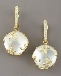 Pendientes perlas y oro.