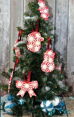 stunning peppermint diy ornaments