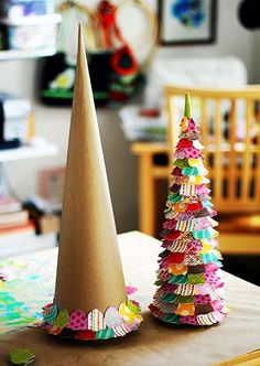 Homemade christmas tree, christmas crafts #Paper #Christmas #Crafts www.loveitsomuch.com