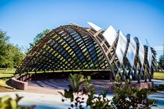 The Lafayette Strong Pavilion utilizes a gridshell structural system employing thin wood members in catenary double curves in compression. It is a very efficient, lightweight system, which can span large distances.