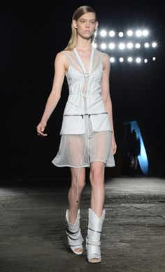 Mercedes-Benz Fashion Week : DIESEL BLACK GOLD SPRING 2013