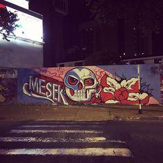 """""""#ElViajeDelJaguar en #Cali #iamtb 📍🇨🇴 #Colombia Tenemos un nuevo mural en el barrio #elpeñón 🏙@mes_ek elviajedeljaguar.com ・ 🇨🇴 Me gustan los murales y hay uno nuevo en mi barrio. 🇬🇧 I like the murals and there is a new one in my neighborhood. 🇵🇹 Eu gosto dos murais e há um novo no meu bairro. ・ #mesek #valledelcauca #caliseve #wonderlust #love #travelblogger #travel #viajar #viajes #instatravel #travelgram #worldpackers #mytravelgram #traveler #traveller #traveling #travelling…"""