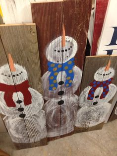 Reclaimed wood snowman hand painted at Annie's Bsrn