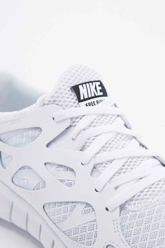 timeless design bc8dc fc23b Nike Free Run 2 NSW Trainers in White
