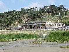 Paviljoen de Walvis, wat een mooi plekje, uitzicht op de Waddenzee, samen wat drinken en eten. Heerlijk!
