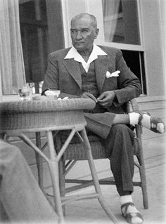 Atatürk and his fashion sytle.