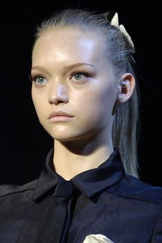 New post on giventisci Gemma Ward, Chanel Resort, Winter Collection, Fashion Pictures, Fashion Details, Lanvin, Supermodels, Make Up, Image