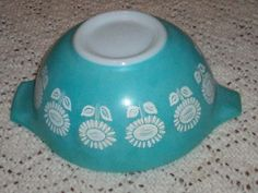 RARE Vintage Pyrex 442 Turquoise Daisy Sunflower Mixing Bowl Unknown Pattern | eBay