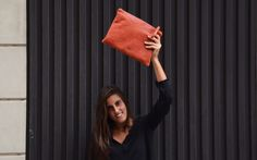 Regala una Pochette XL, ¡acertarás seguro! Color Negra, My Bags, Leather Handbags, Madewell, Tote Bag, Fashion, Events, Black, Handkerchief Dress