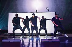 Justin Bieber performs at the 2015 Billboard Hot 100 Music Festival