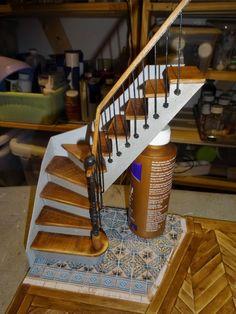 The creative world of Catherine Vitrine Miniature, Miniature Rooms, Miniature Houses, Miniature Furniture, Doll Furniture, Dollhouse Furniture, Victorian Dollhouse, Diy Dollhouse, Dollhouse Miniatures