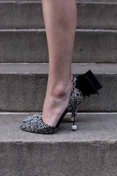 Roger Vivier Shoes // Sparkle and Shine Holiday // Atlantic Pacific Blog Winter outfit