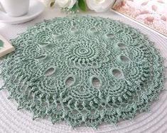 Crochet Doily / Texturé Crochet Nappely / Dentelle Crochet | Etsy Lace Doilies, Crochet Doilies, Baby Blanket Crochet, Crochet Baby, Appliques, Coasters, Napkins, Peach, Texture