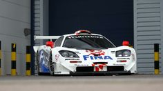 Auction stars of Arizona – and one white dwarf Gt Cars, Race Cars, 2014 Toyota Tundra, Le Mans Series, Mclaren Cars, Car Racer, Ferrari F40, F1 Racing, Expensive Cars