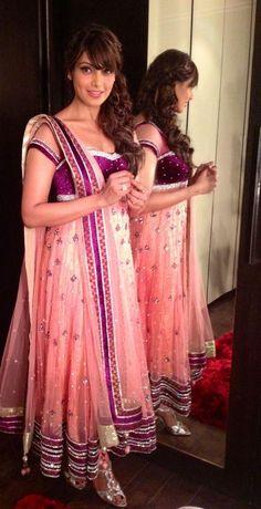 Gorgeous Bipasha Basu in Binal Shah pink purple churidhar Anarkali Dress, Pakistani Dresses, Indian Dresses, Indian Outfits, Indian Attire, Indian Ethnic Wear, India Fashion, Asian Fashion, Women's Fashion