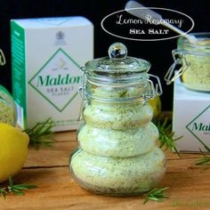 Lemon Rosemary Sea Salt - adds delicious flavor to anything it touches! A perfect gift for foodie friends too. Cooking With Fresh Herbs, Lemon Salt, Easy Pasta Recipes, Jar Recipes, Healthy Recipes, Edible Gifts, Kitchen Gifts, Food Gifts, Diy Food
