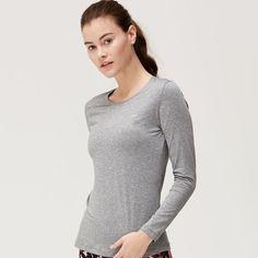 Lasting langermet treningstopp str S og M. Nå 149,- (299) Send PM.  #treningsklærforkvinner #ladysport_no Turtle Neck, Sweaters, Fashion, Moda, Fashion Styles, Sweater, Fashion Illustrations, Sweatshirts, Pullover Sweaters