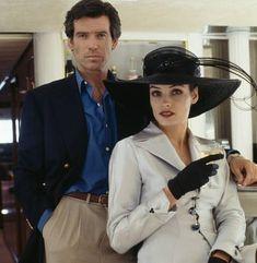 Pierce Brosnan, Bond Girls, James Bond, Riding Helmets, Fans, Menswear, Mens Fashion, Night, Instagram