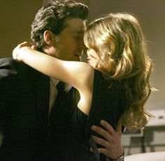 Everything You Need to Know About Grey's Anatomy Before You Watch Season 13 Derek Shepherd, Ellen Pompeo, Patrick Dempsey, Meredith Grey, Dark And Twisty, Medical Drama, Youre My Person, Tv Couples, Tv Guide
