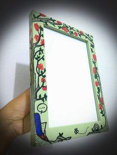 Doodle on frame