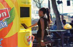 Lipton tiene al fresco le tue idee con una vending machine termo-sensibile