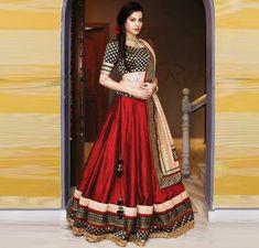 Classy and Elegant Red and Black Lehenga Choli India Fashion, Ethnic Fashion, Asian Fashion, Red Fashion, Fashion Ideas, Mode Bollywood, Bollywood Fashion, Lehenga Designs, Indian Attire