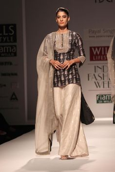 Wills Lifestyle India Fashion Week Summer-Spring, 2015 - Payal Singhal