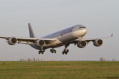 Qatar Airways Airbus A340-642