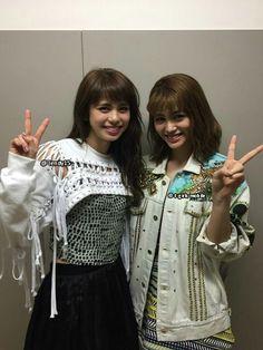 E-girls Flower Happiness 佐藤晴美 楓 Sato Harumi kaede Japanese Girl Group, Twin, Korean, Happiness, Chinese, Ruffle Blouse, Celebrities, Happy, Flowers