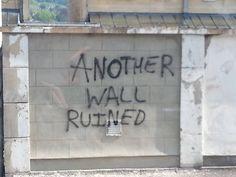 This meta graffiti.