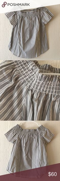 NWT off the Shoulder Black & white striped top Off the shoulder• smocked bust• Striped Print all over• curved hem • 2nd and 3rd photo show actual item and colors (black and white stripe)• 97% Cotton 3% spandex  • Offers Welcome • Bundle Discounts  • Suggested User • Fast Shipper Como Vintage Tops Tees - Short Sleeve