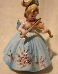 "Josef Originals Violin Girl Orig Tag Rotating Music Box Plays ""Facination""  Beautiful!"