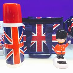 Union Jack Design Coolbag, Vacuum Flask and Solar-Powered Saluting London Guardsman #unionjack #novelty #accessories #giftware #giftideas