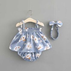 10 Irresistible Sew Easiest Baby Blanket Ideas - Baby Girl Dress - Ideas of Baby Girl Dress - Sewing Ideas For Babies Floral Print Sleeveless Dress Shorts and Headband for Baby Girls Baby Girl Fashion, Toddler Fashion, Fashion Kids, Fall Fashion, Baby Outfits Newborn, Baby Boy Outfits, Kids Outfits, Boy Newborn, Trendy Outfits